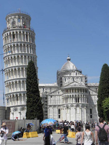 la Tour et la cathédrale de Pise