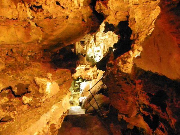La grotte de Baume Obscure