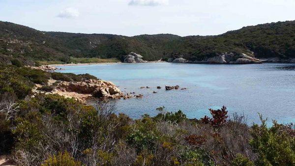 Parcourir les sentiers du Capo di Feno en Corse